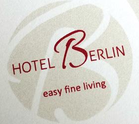 Hotel Berlin, Zossen: Logo Relaunch mit Slogan