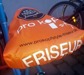 pro kopf style | Kiezfriseur Johannisthal Berlin: Guerilla-Marketing Fahrradsattel